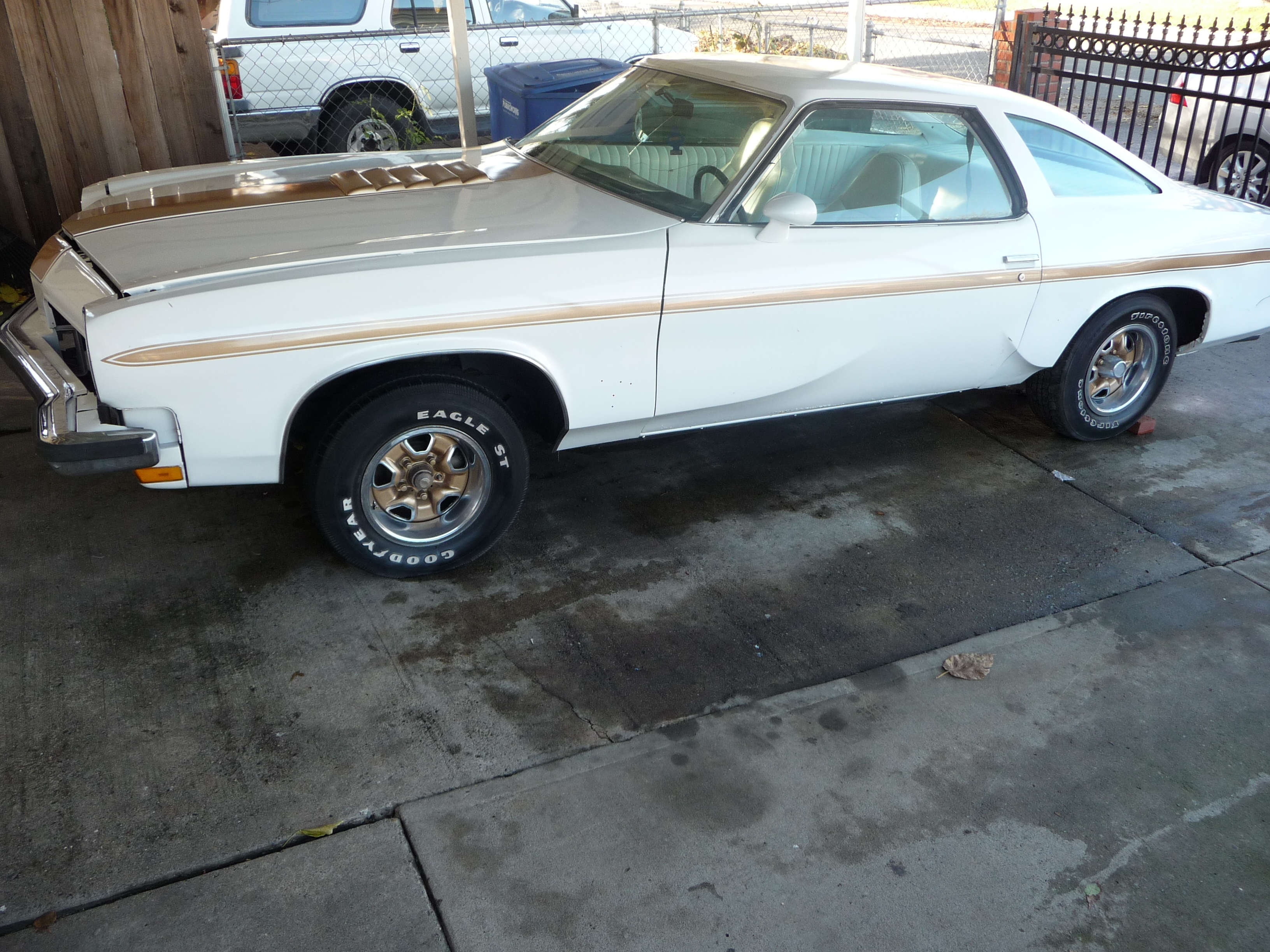 Another BOSSBREED 1973 Oldsmobile Hurst/Olds post... - 14932017