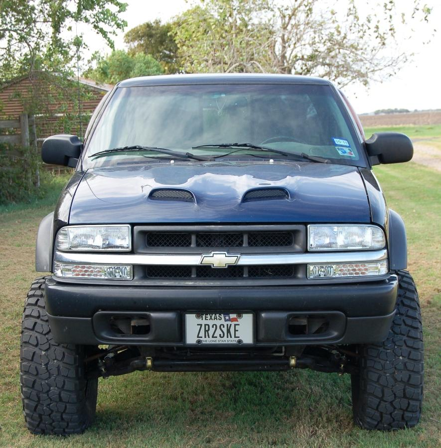 Chevrolet S Baja X also  together with Cf D Dc B F B also Chevrolet Blazer Door Sound System Owned By Damien C X besides Chevrolet Colorado Zr Concept Front Three Quarter. on chevy s10 zr2