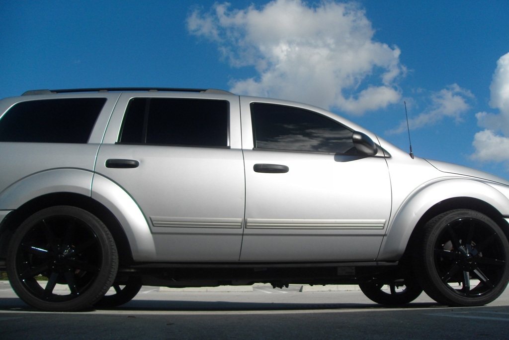 lowered dodge durango pictures to pin on pinterest thepinsta. Black Bedroom Furniture Sets. Home Design Ideas