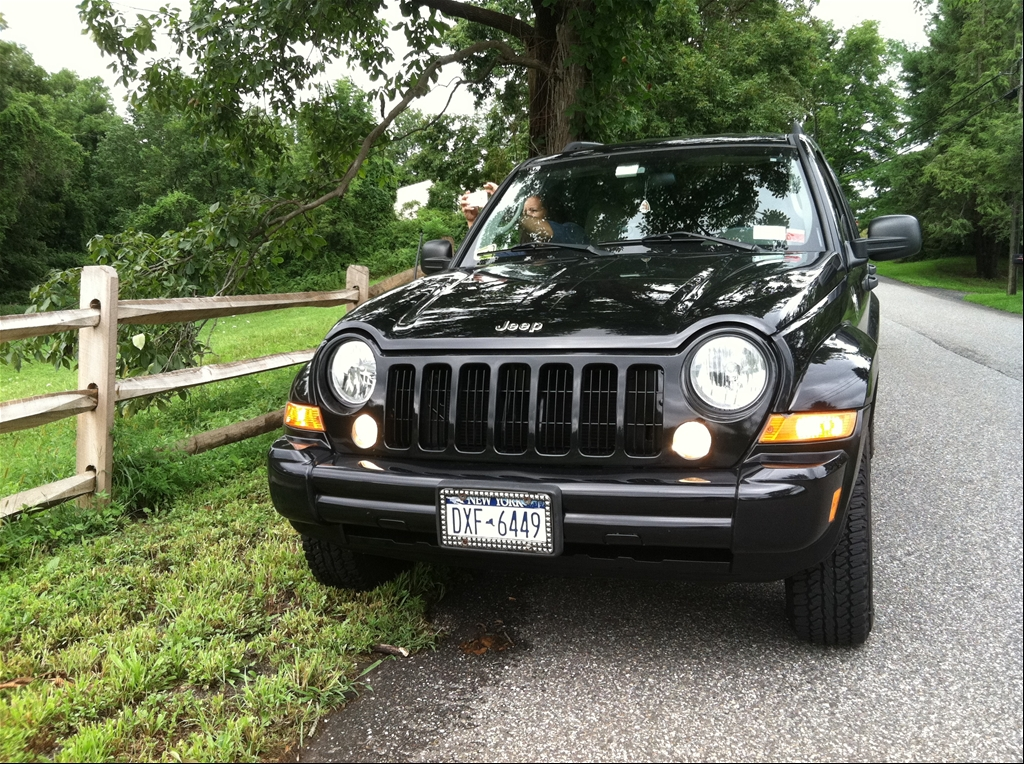 tarikleesimsek 39 s 2005 jeep liberty limited edition sport utility 4d in long island ny. Black Bedroom Furniture Sets. Home Design Ideas