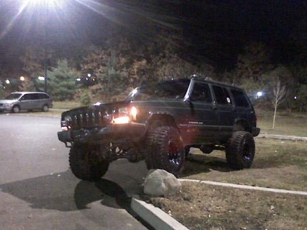 Another neoncarclub 2000 Jeep Cherokee post... - 14942452