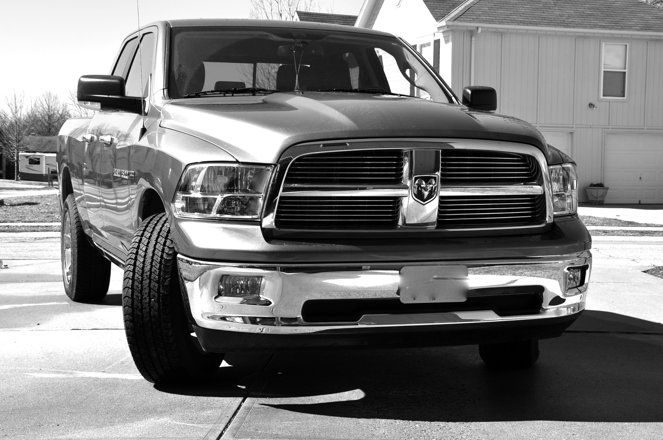 ramgirl89 2011 dodge ram 1500 crew cab specs photos modification info at cardomain. Black Bedroom Furniture Sets. Home Design Ideas