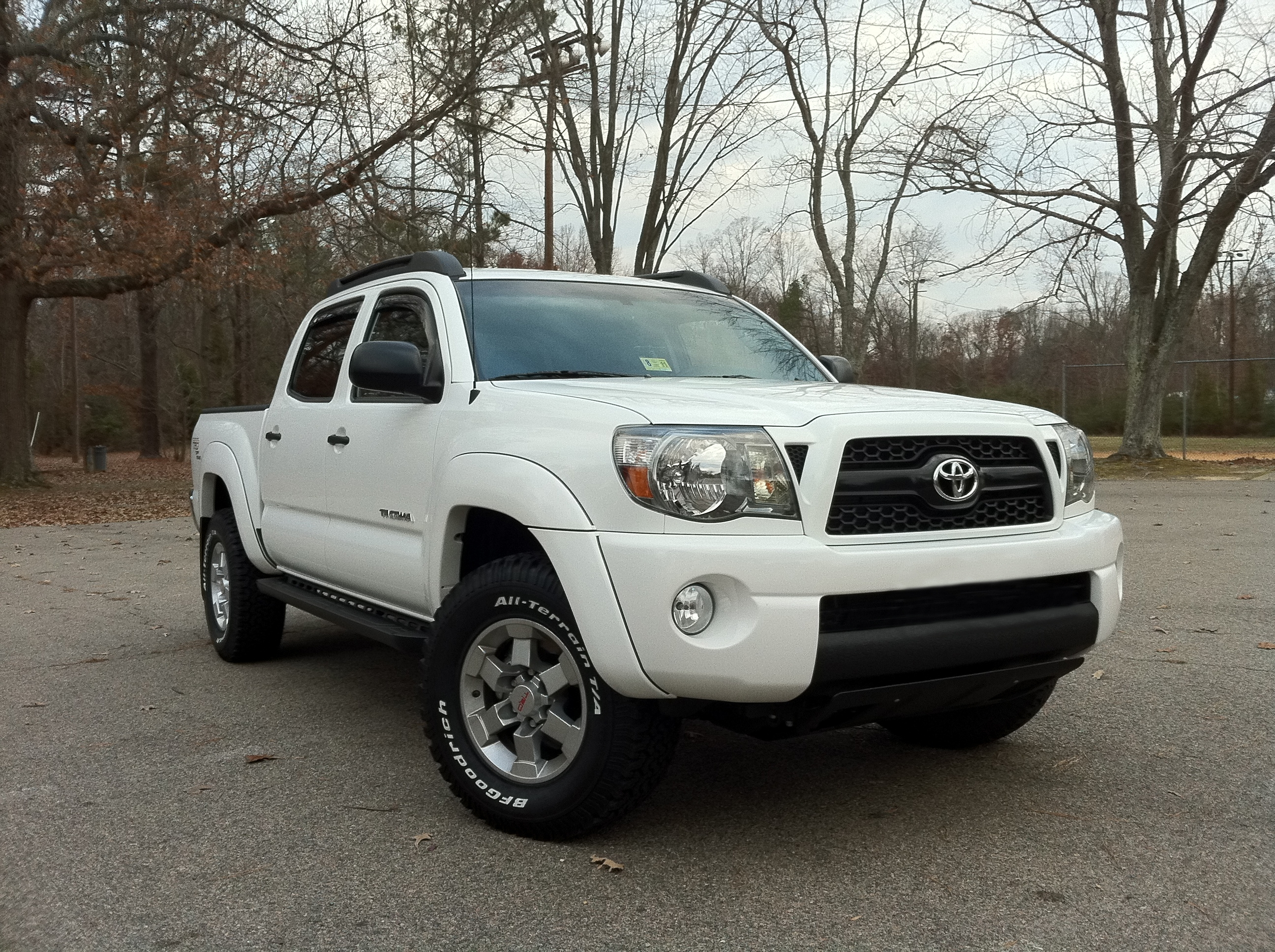 chronism 2011 toyota tacoma double cabpickup 4d 5 ft specs. Black Bedroom Furniture Sets. Home Design Ideas