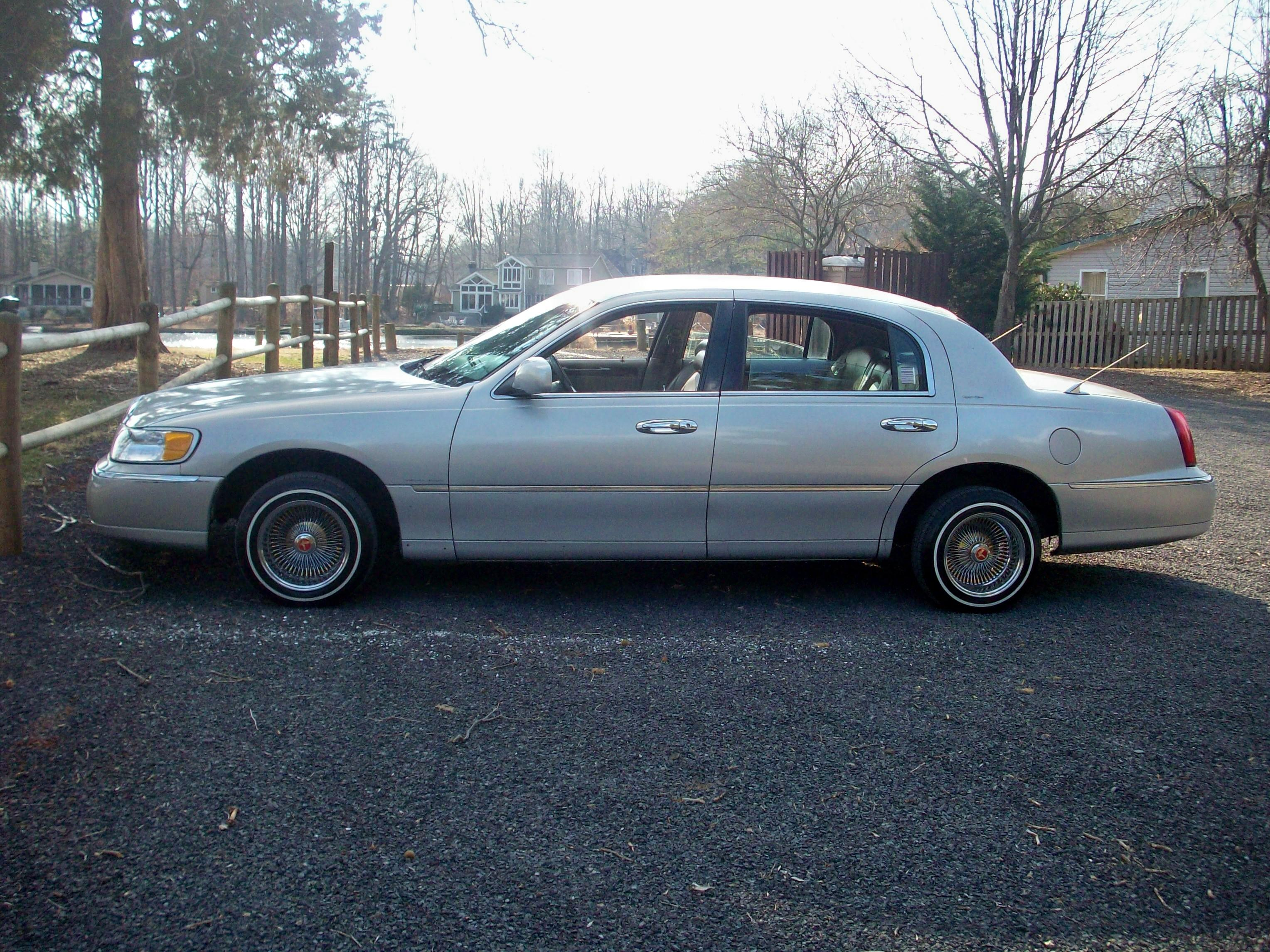 Dayton Wire Wheels Auto Parts For Lincoln Town Car Auto Parts At