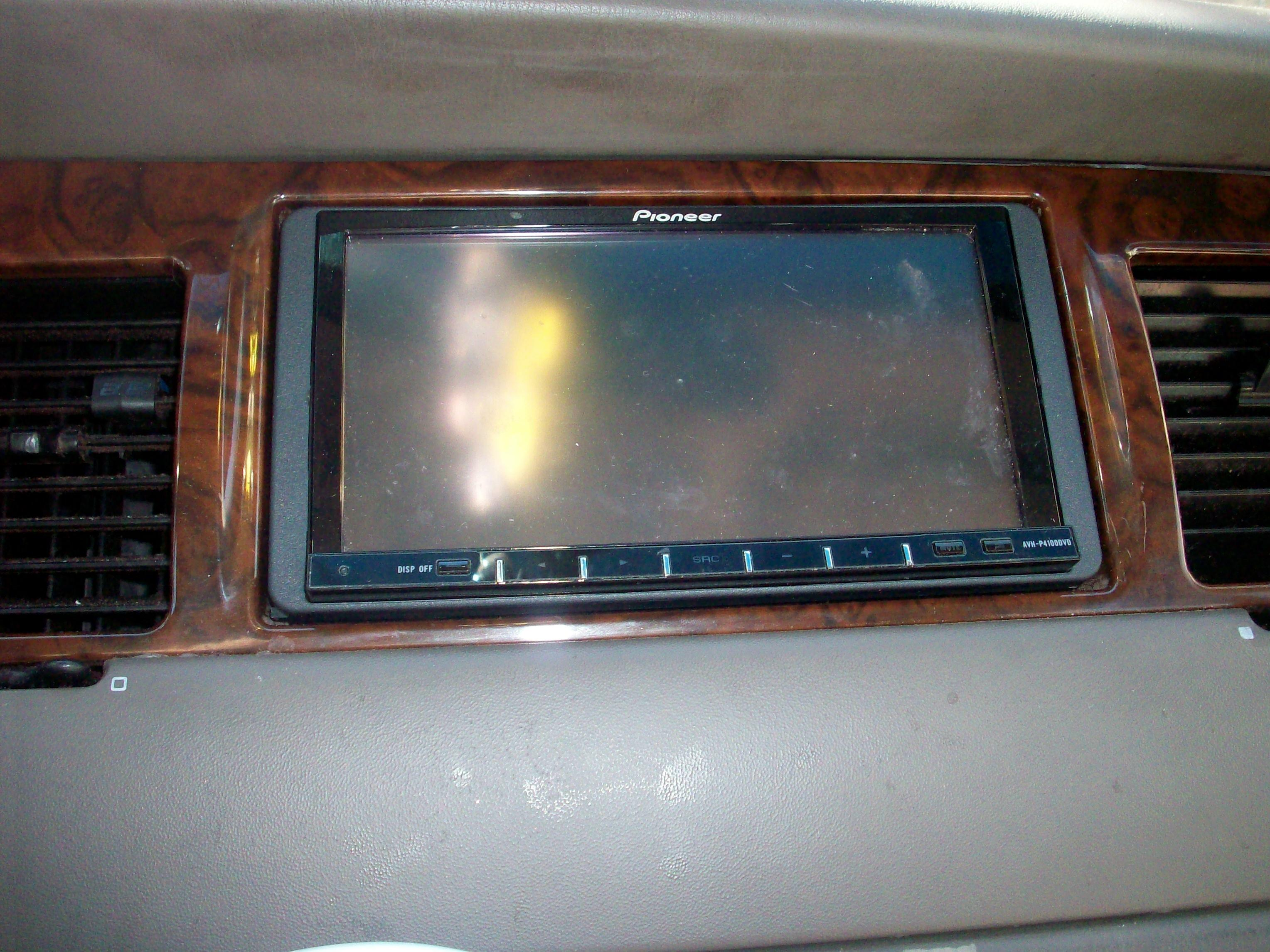 Another LowRider_4_Life 1999 Lincoln Town Car post... - 14947050
