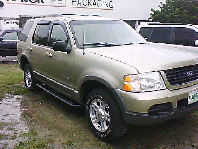 tercelito's 2002 Ford Explorer