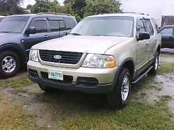 tercelitos 2002 Ford Explorer