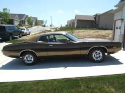 95pres 1974 Dodge Charger