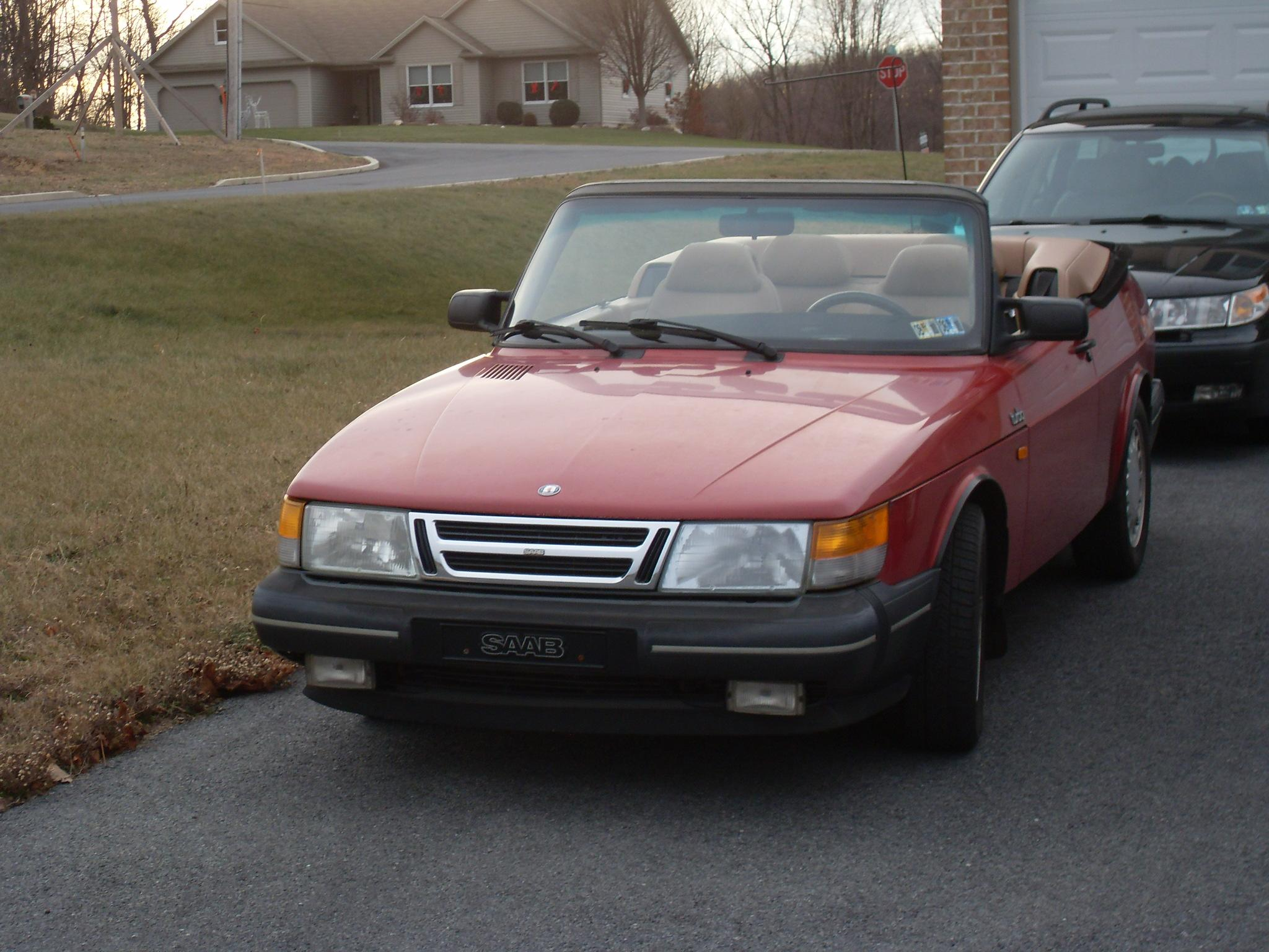 Another adidas__007 1990 Saab 900 post... - 14952677