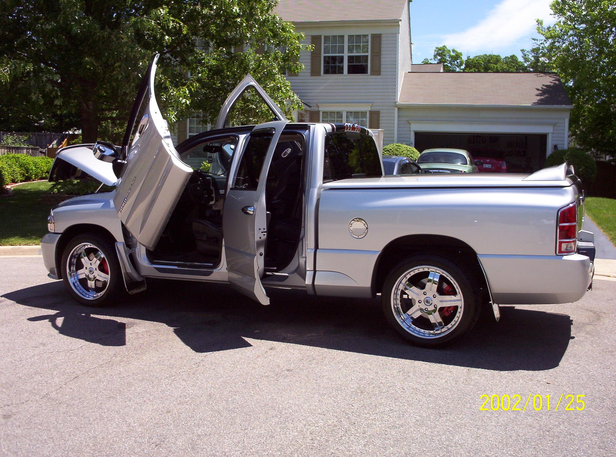 frankarre 2005 dodge ram srt 10 specs photos modification info at cardomain. Black Bedroom Furniture Sets. Home Design Ideas
