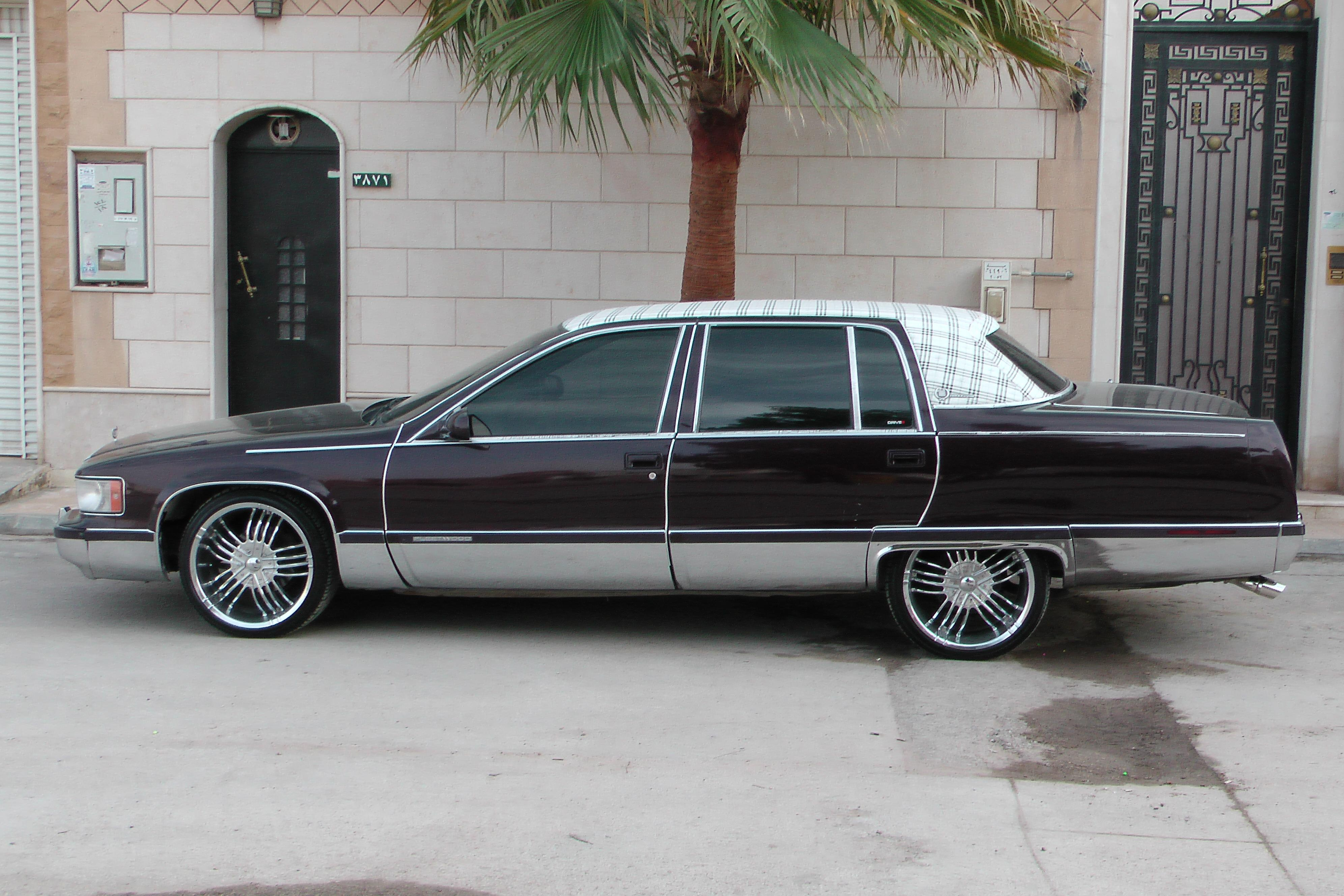 burberry fleet 39 s 1995 cadillac fleetwood sedan 4d in oklahoma city ok. Cars Review. Best American Auto & Cars Review