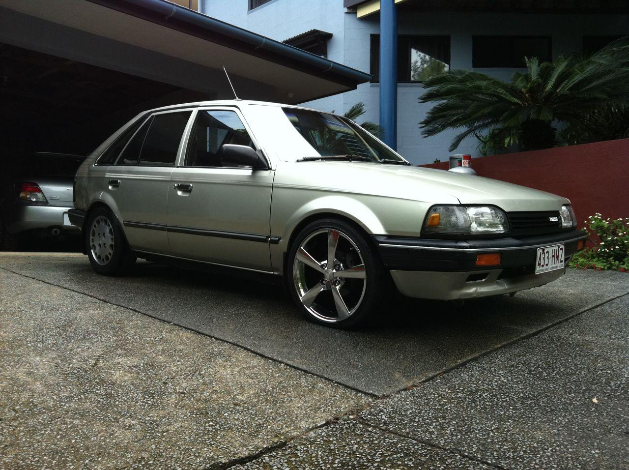 Another _Barnz_ 1988 Mazda 323 post... - 14972625