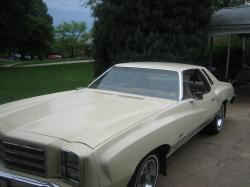 Monte76Caddy81 1976 Chevrolet Monte Carlo