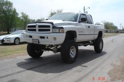 jose_s 2000 Dodge Ram 1500 Quad Cab