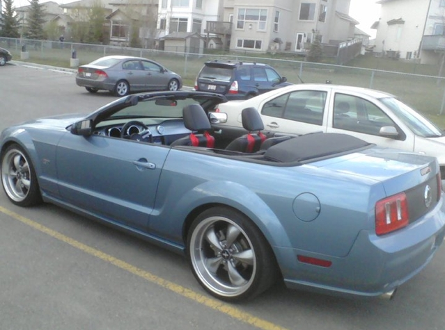 Another 2digits 2005 Ford Mustang post... - 14990104