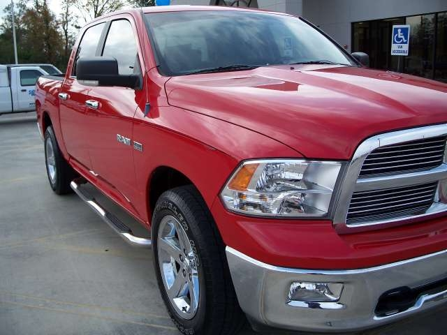 cdubya0407 2009 dodge ram 1500 crew cab specs photos modification info at cardomain. Black Bedroom Furniture Sets. Home Design Ideas