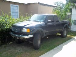 pyoes 2002 Ford Ranger Super Cab