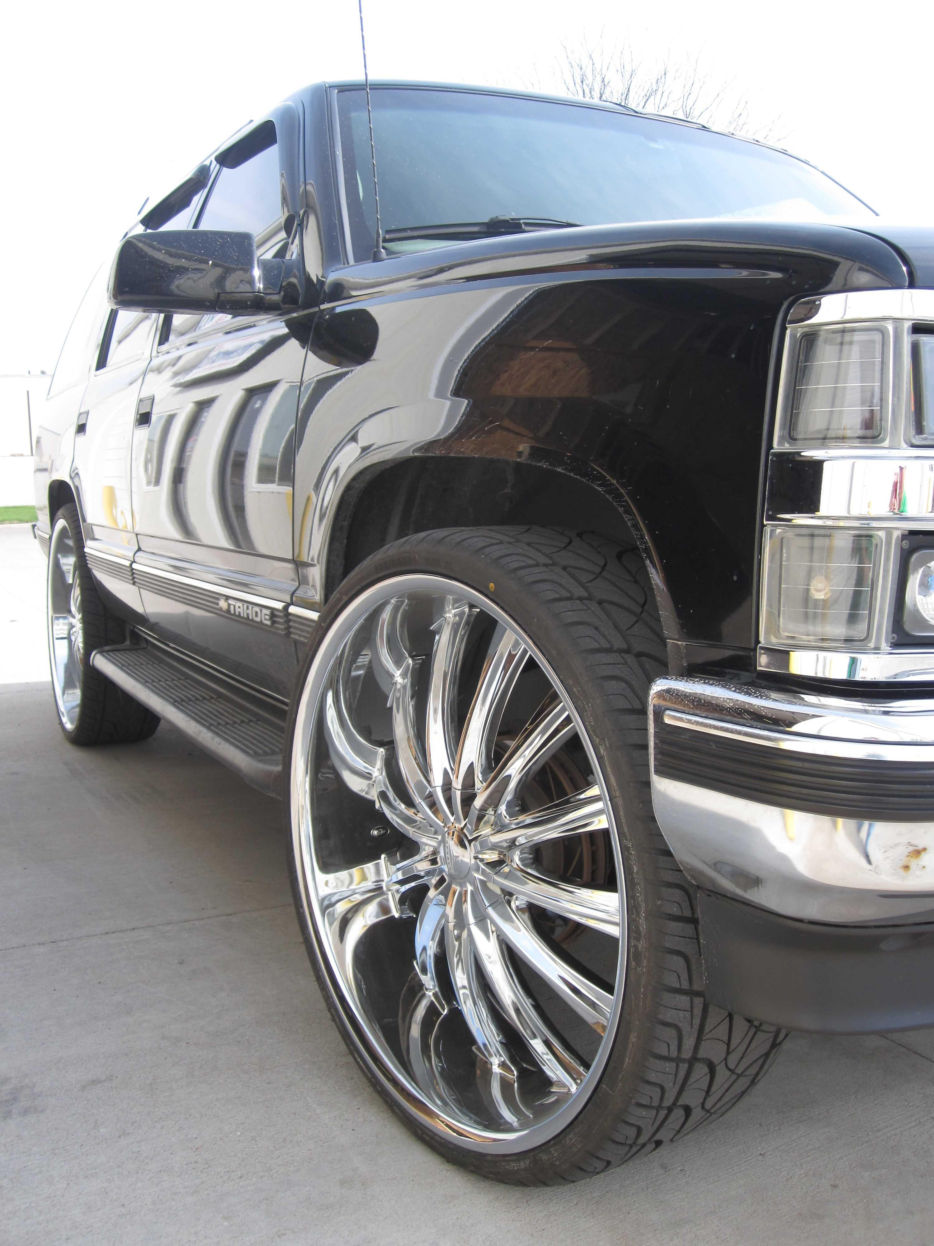 WheelSpecialists's 1999 Chevrolet Tahoe