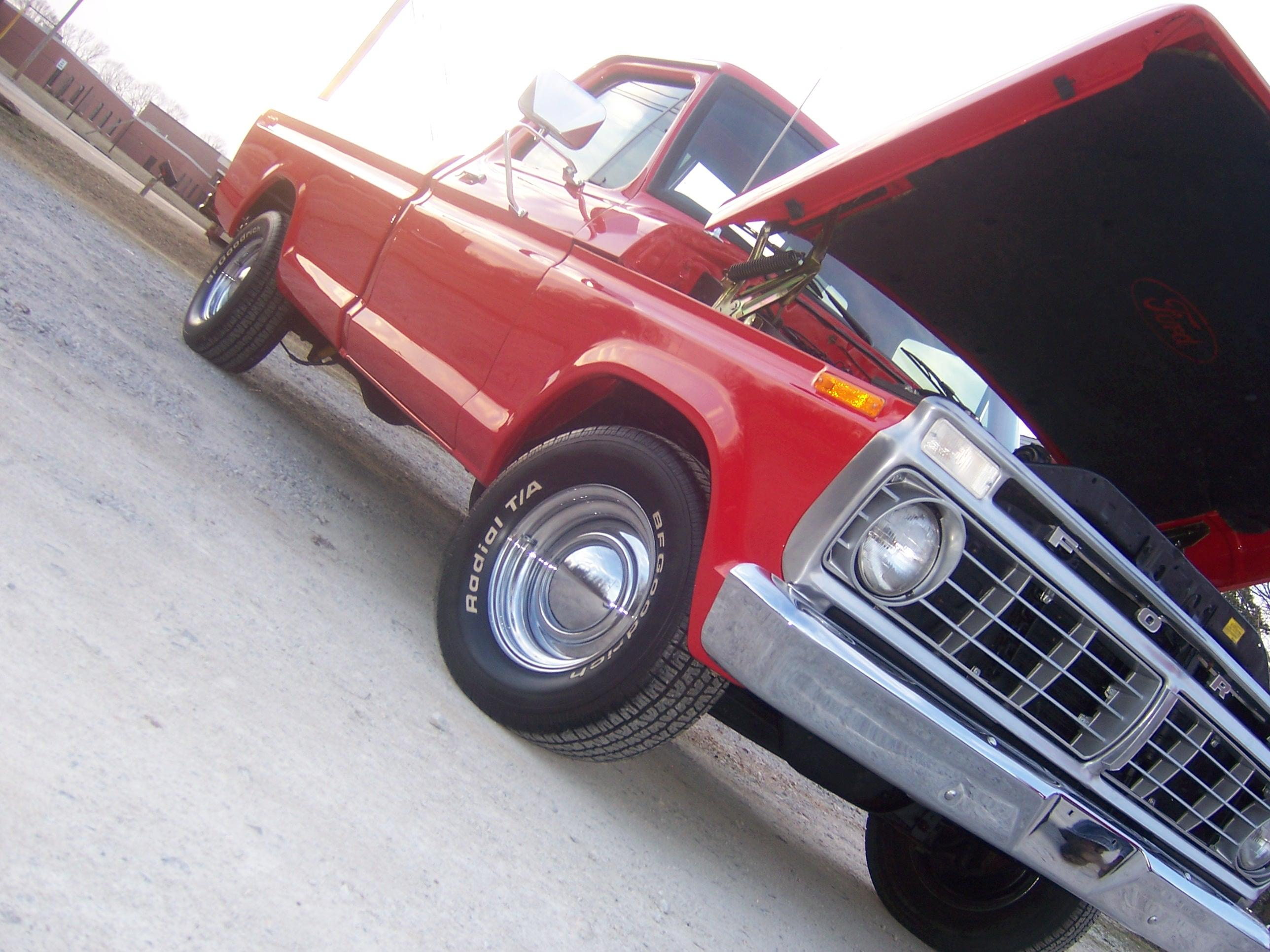 carrottop 1976 Ford F150 (Heritage) Regular Cab