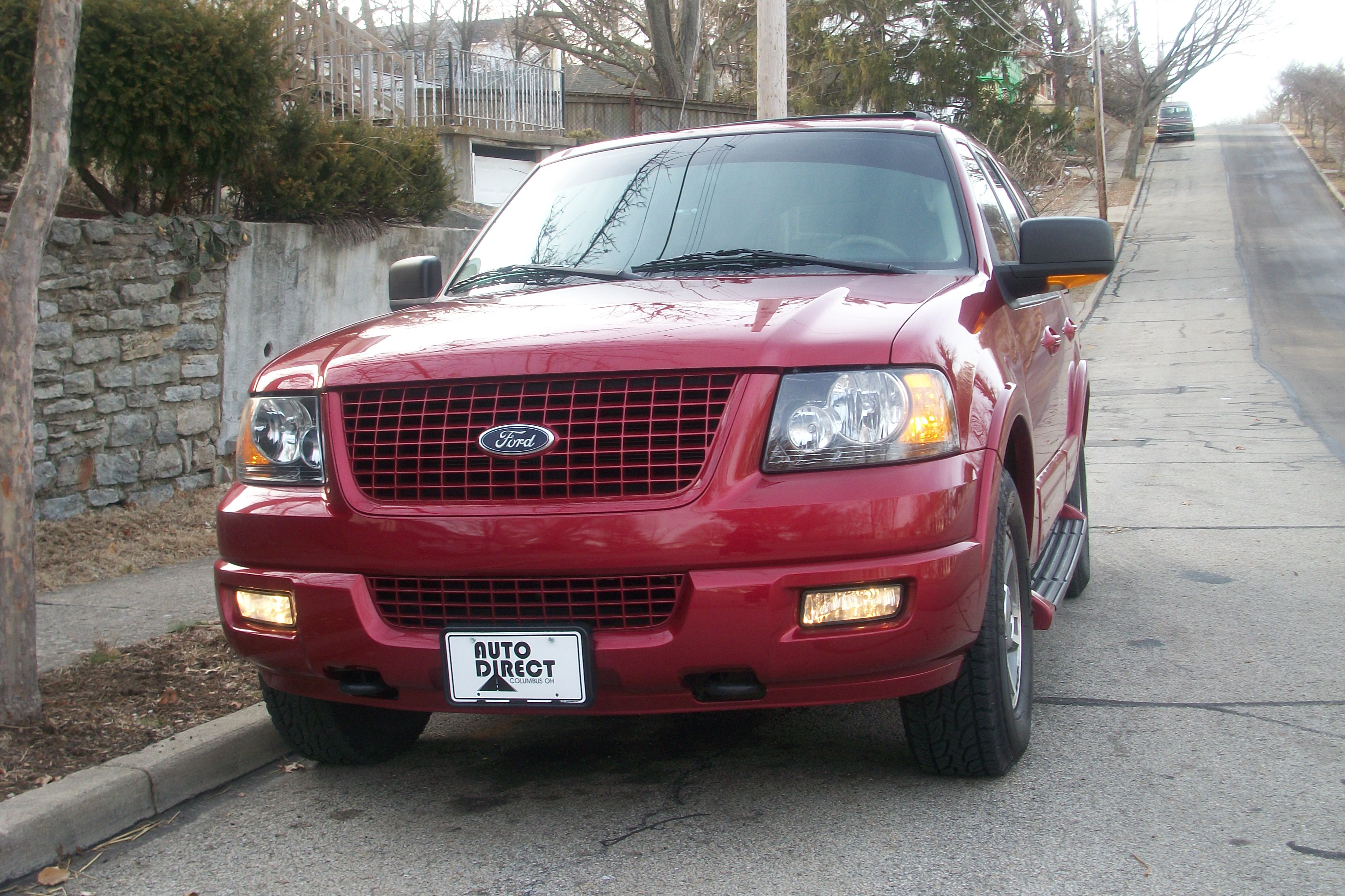 michaelinchains 2004 Ford ExpeditionEd Bauer Sport Utility 4D