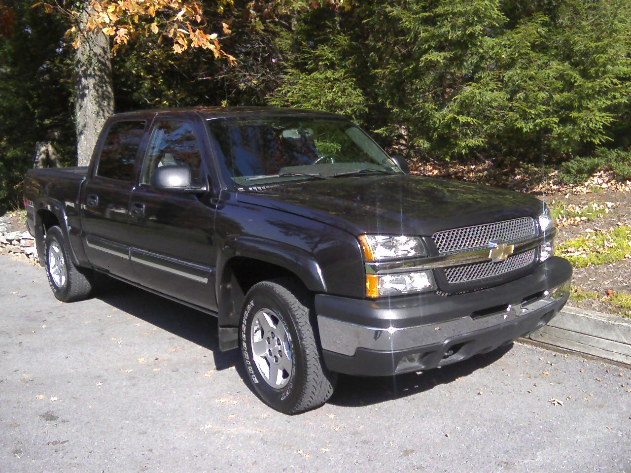 basalla23 2004 chevrolet silverado classic 1500 crew cab specs photos modification info at. Black Bedroom Furniture Sets. Home Design Ideas