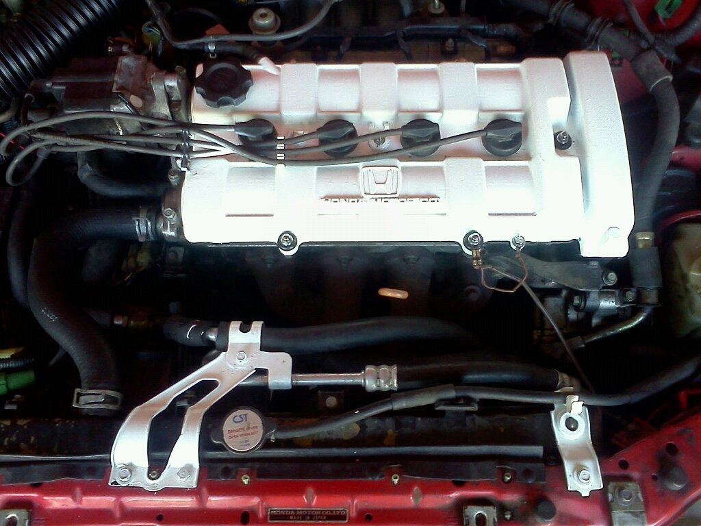 PAINTED VALVE COVER WHITE