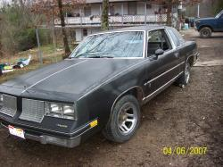 Pitbull_420_19 1984 Oldsmobile Cutlass Brougham