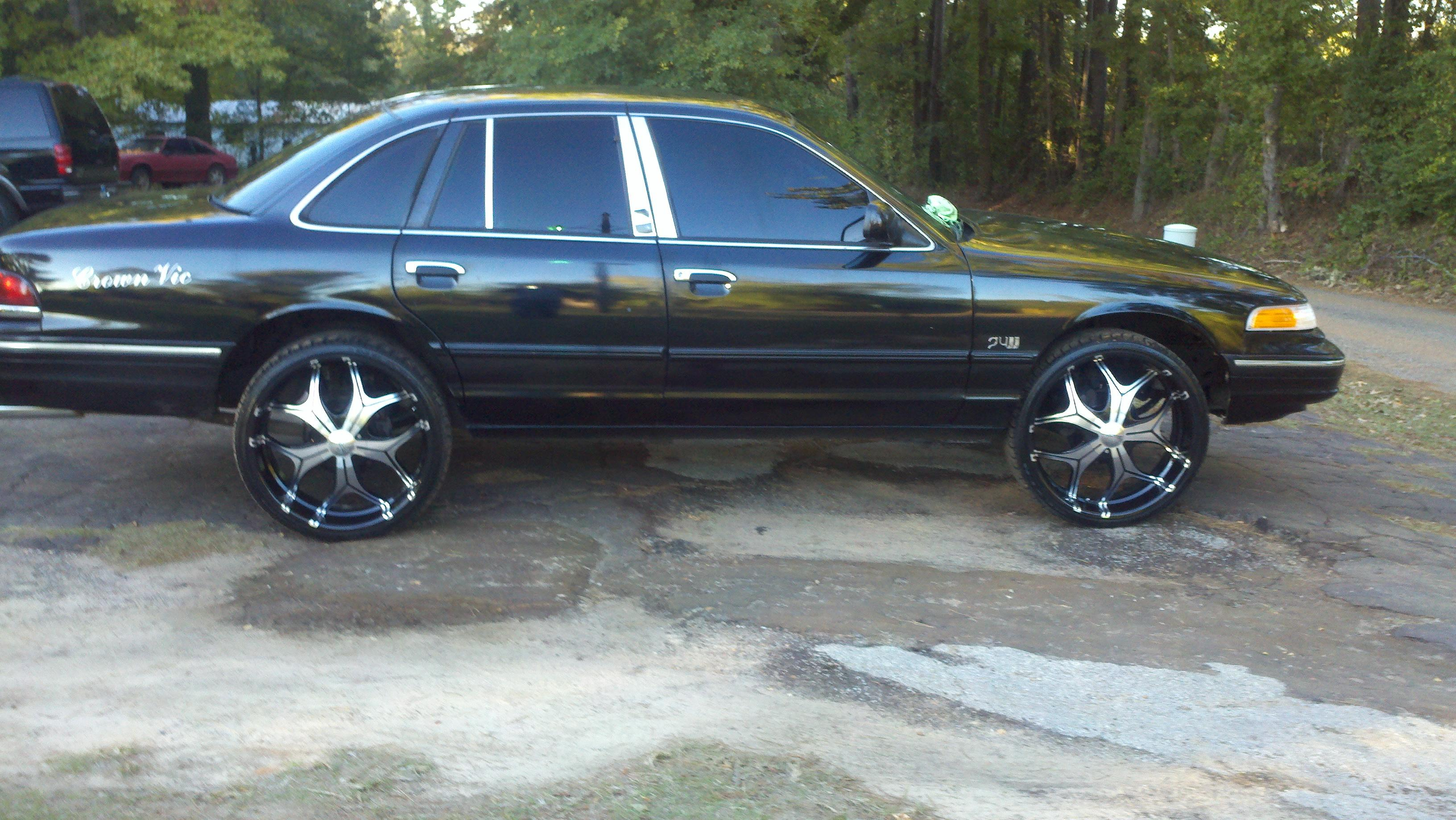 MrEastTx 1997 Ford Crown Victoria Specs Photos Modification Info