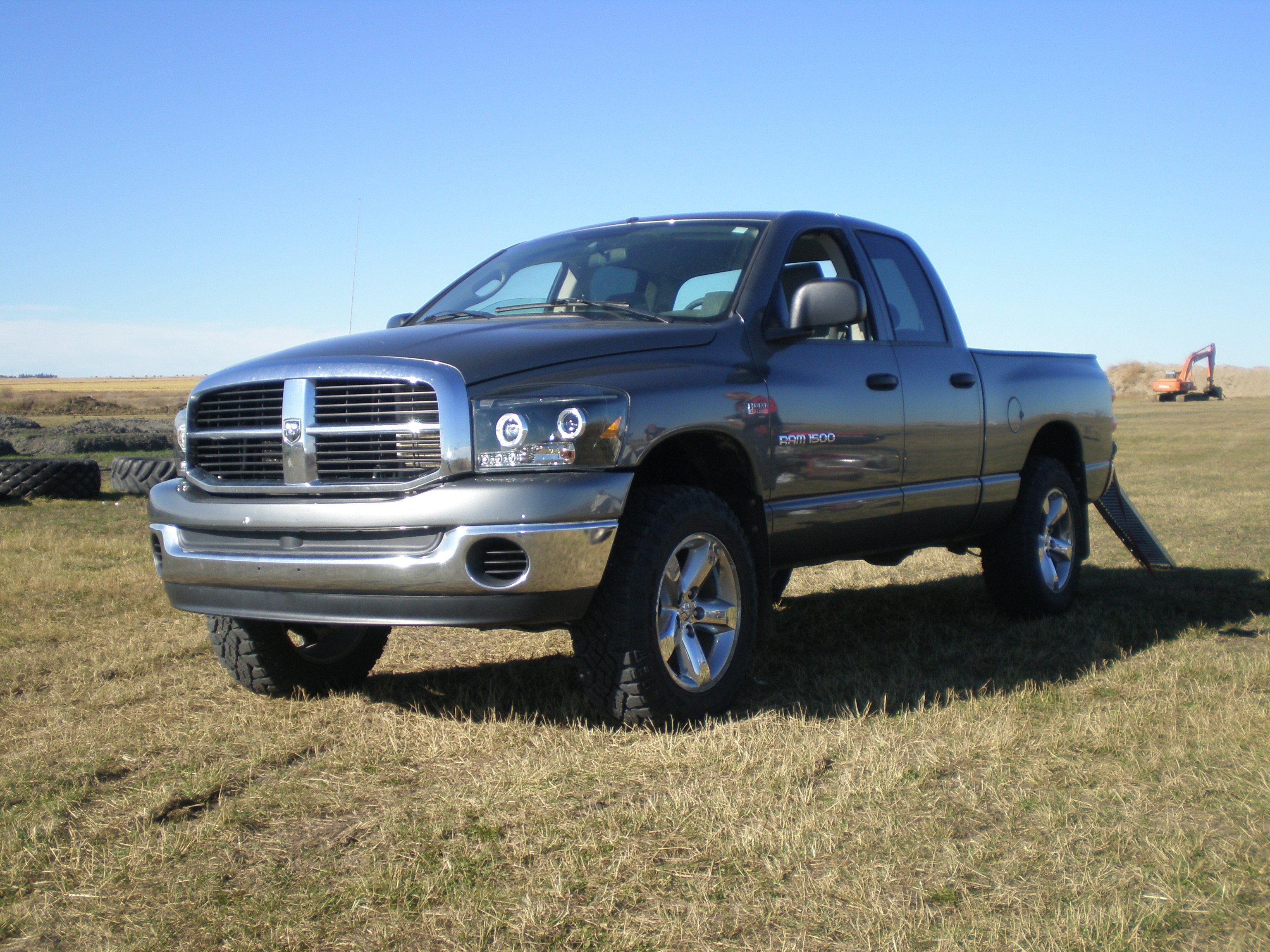 lookoutjason 2007 dodge ram 1500 crew cab specs photos. Black Bedroom Furniture Sets. Home Design Ideas