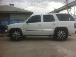 HustleTownUSAs 2005 GMC Yukon