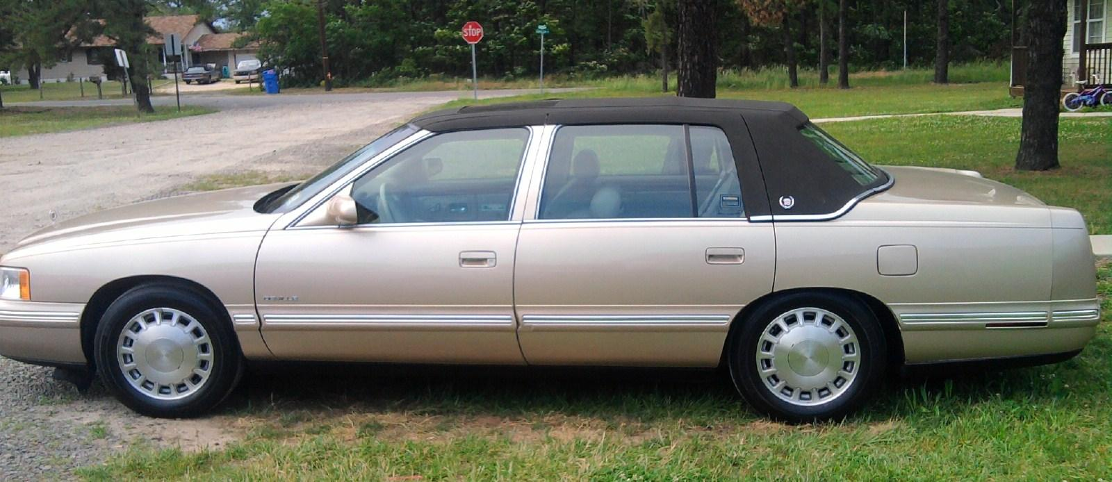 bigsnoopt72 39 s 1998 cadillac deville sedan 4d in manchester. Cars Review. Best American Auto & Cars Review