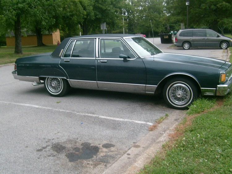 86 Pontiac Parisienne For Sale http://www.cardomain.com/ride/3909338/1986-pontiac-parisienne/