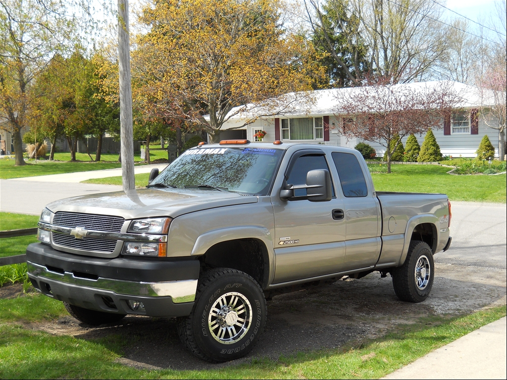 2005 2500hd ext cab duramax for sale autos post. Black Bedroom Furniture Sets. Home Design Ideas
