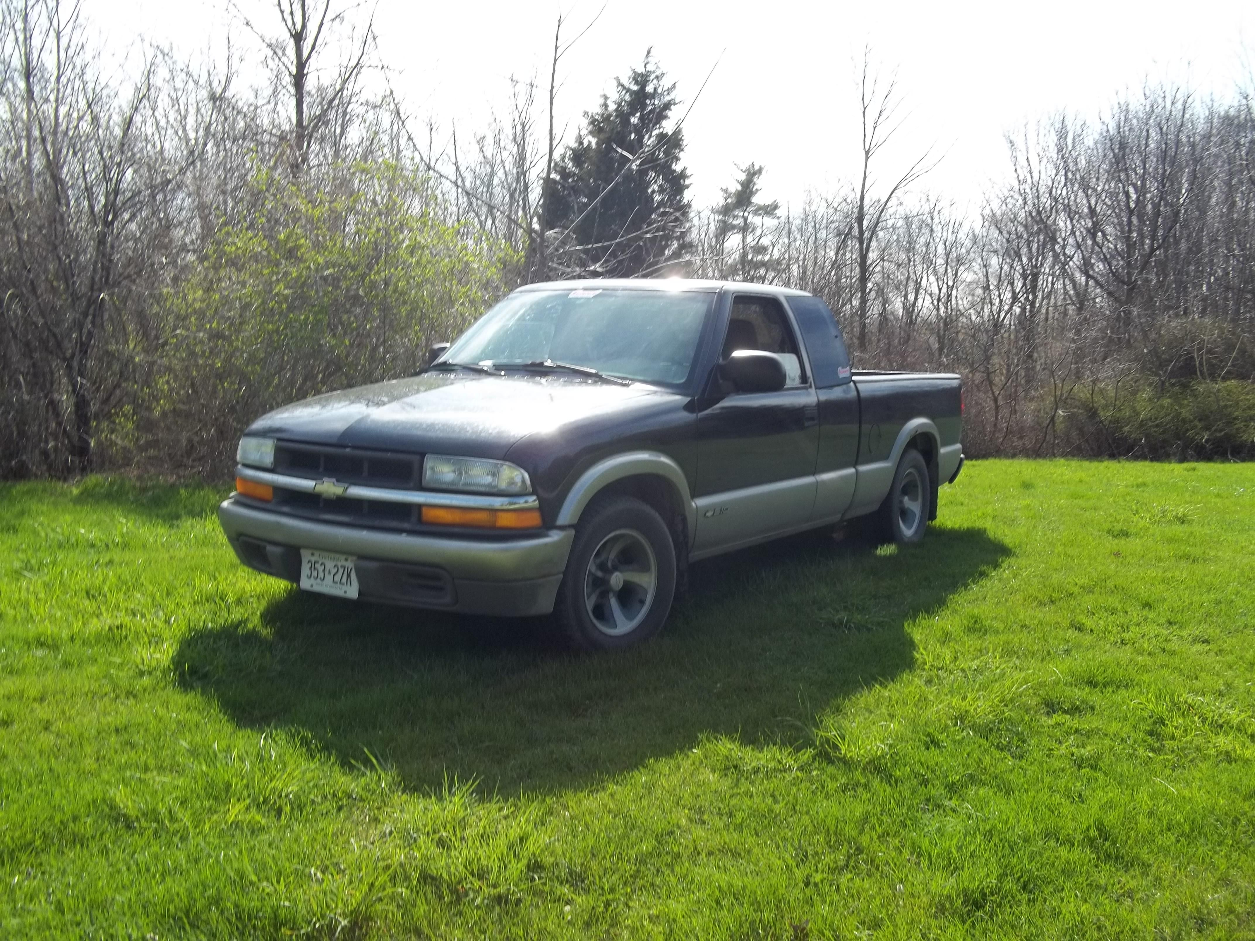 chevroletcavy 1999 Chevrolet S10 Extended Cab 15021011
