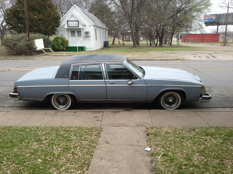 hoodfame 39 s 1984 buick park avenue in missouri city tx. Black Bedroom Furniture Sets. Home Design Ideas
