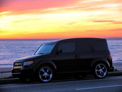 Rob_Dobbs 2007 Honda Element