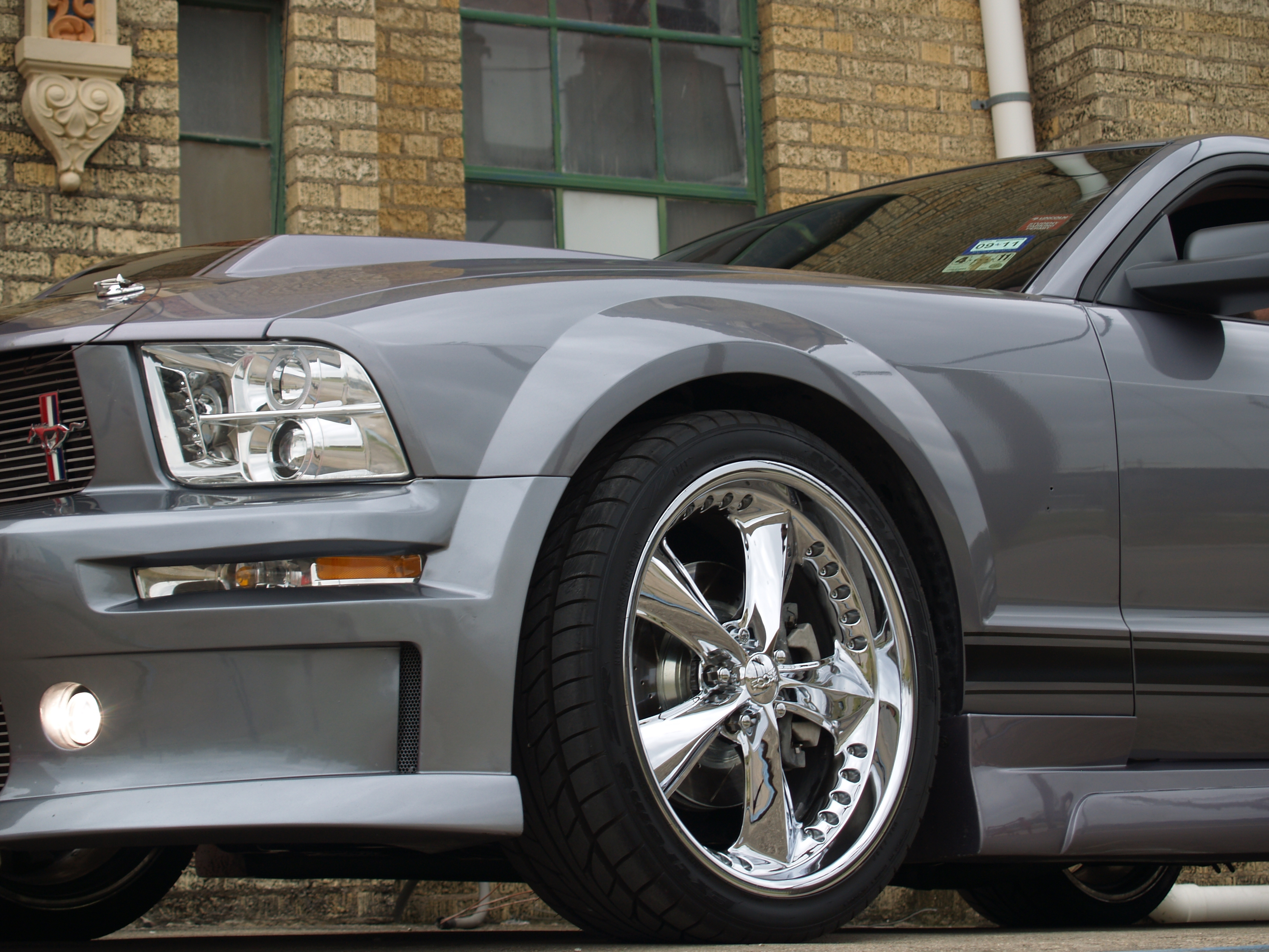 Another oifundertaker 2006 Ford Mustang post... - 15041485