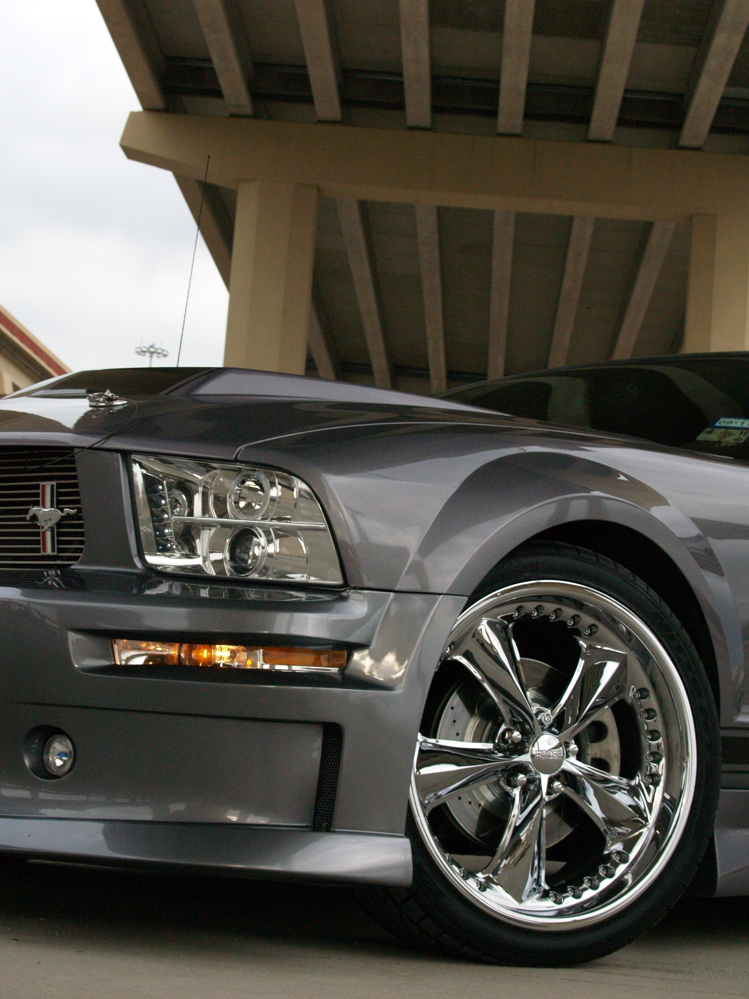 Another oifundertaker 2006 Ford Mustang post... - 15041497