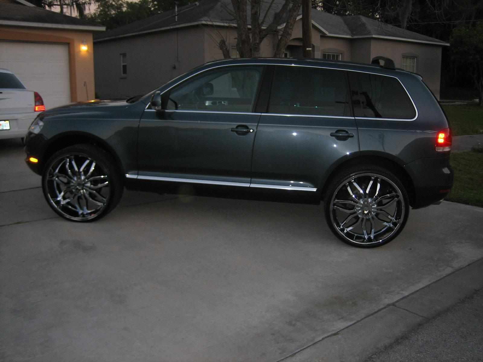 Jabu03 2004 Volkswagen Touaregv8x Sport Utility 4d Specs Photos Modification Info At Cardomain