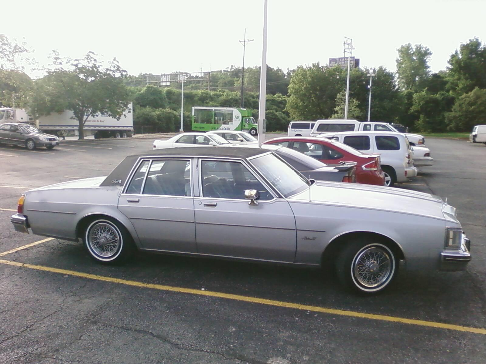 Another moneymademan 1985 Oldsmobile Delta 88 post... - 15054480