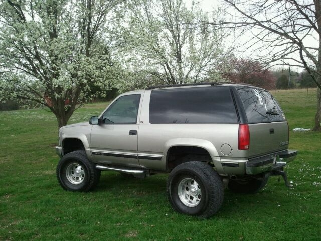 2 door chevy tahoe lifted submited images