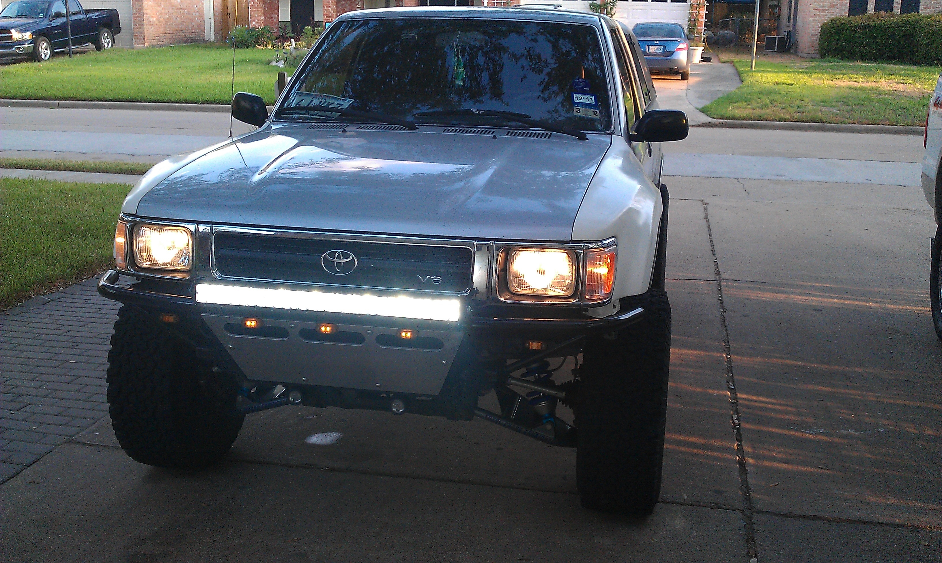 Delighted led light bar hilux photos electrical circuit diagram led light bar brackets blakpete91 1992 toyota hilux specs photos modification info at aloadofball Images