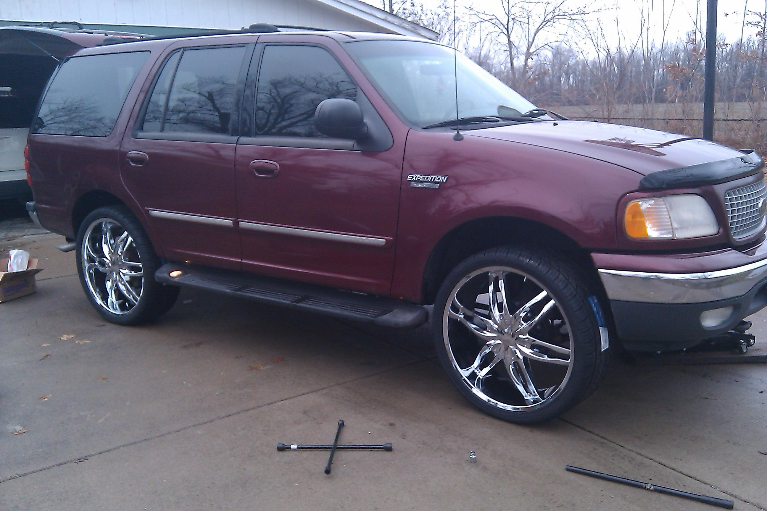 Donfoolio 1999 Ford Expeditionsport Utility 4d Specs Photos Modification Info At Cardomain