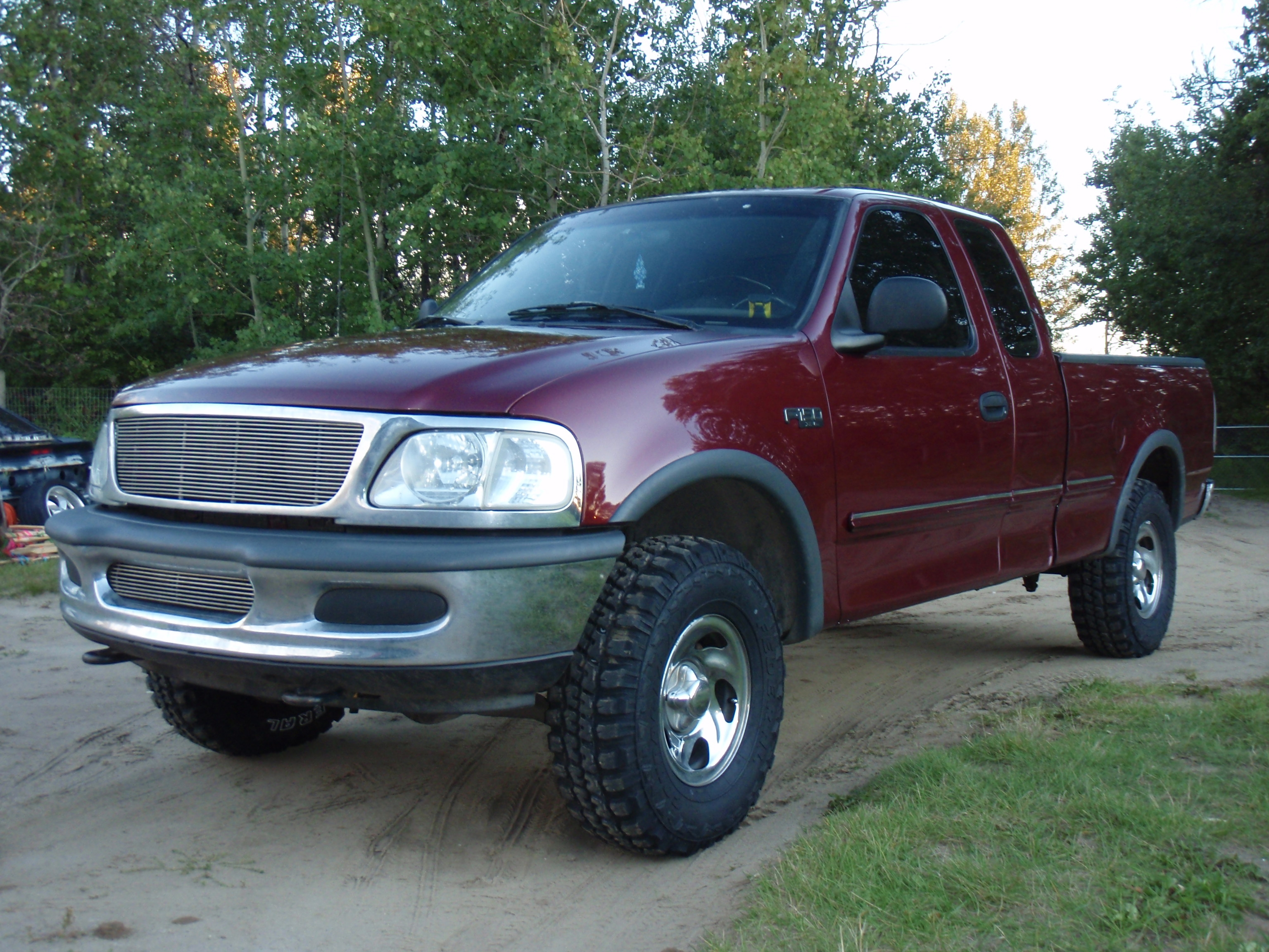 Another oxfordwhiteboy 1997 Ford F150 Super Cab post... - 15063394
