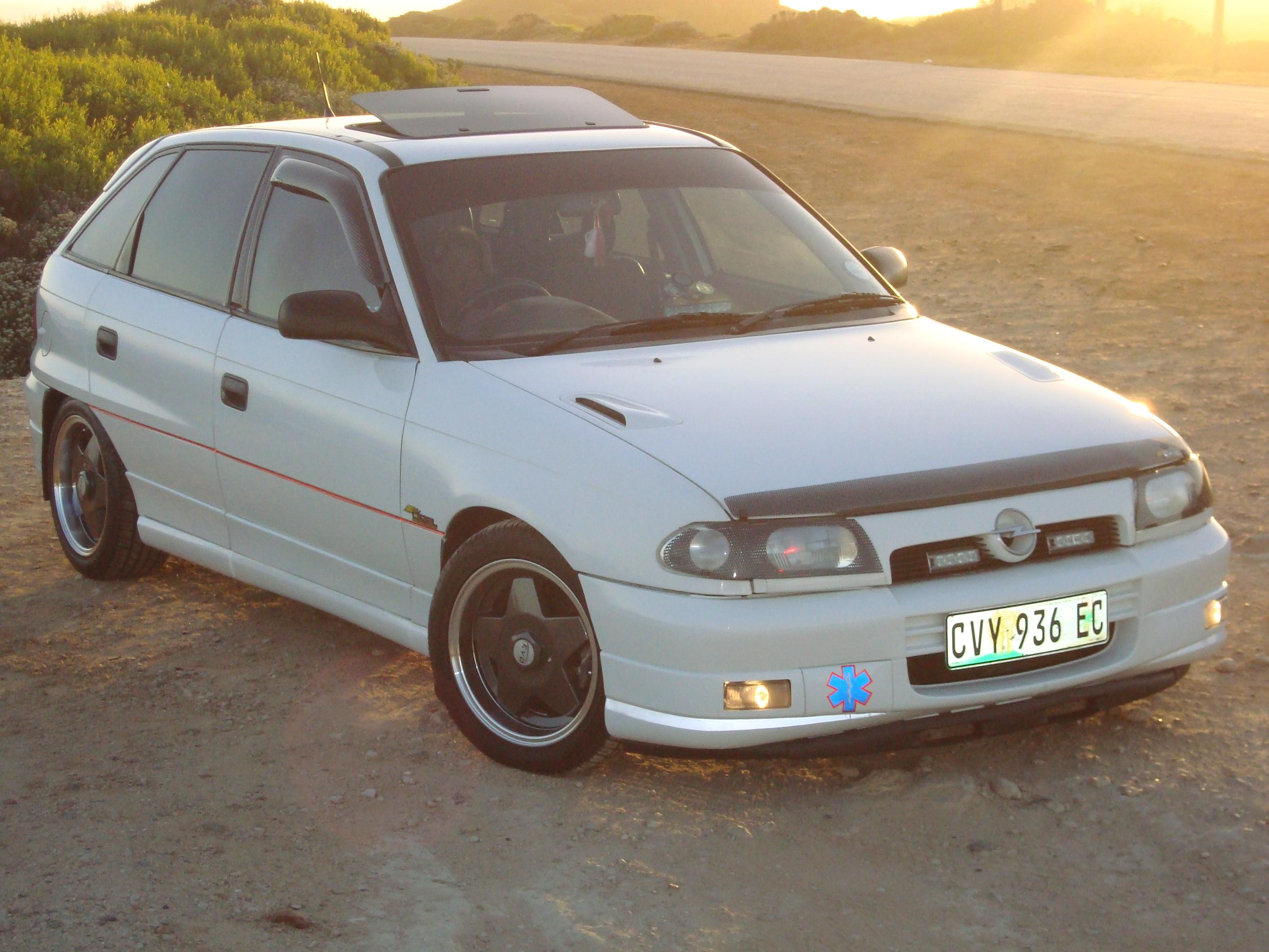 marcelles 1996 opel kadett specs photos modification info at cardomain. Black Bedroom Furniture Sets. Home Design Ideas