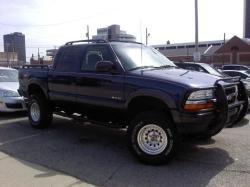Aviation12 2003 Chevrolet S10 Crew Cab