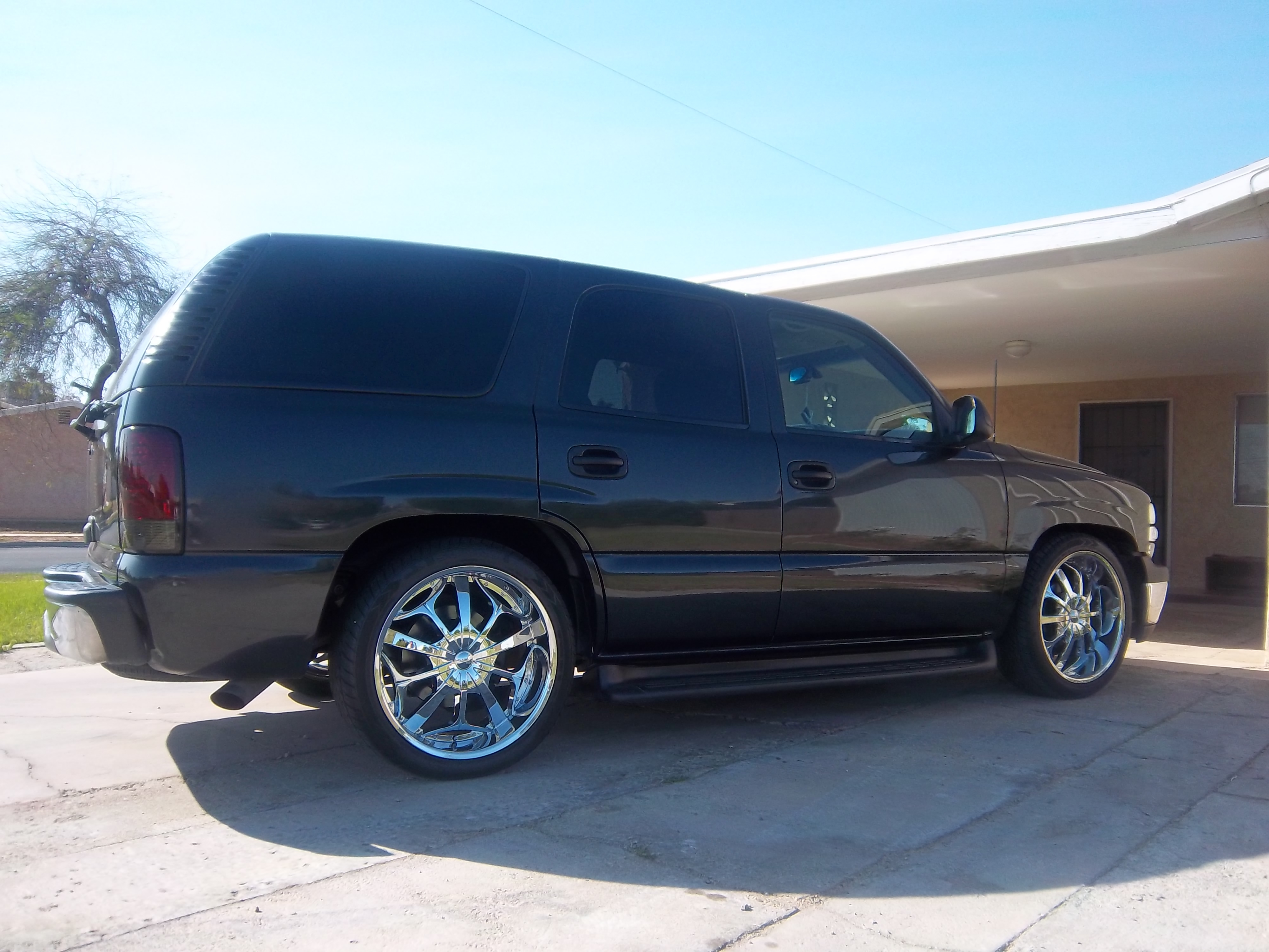 Another soyesecesar 2003 Chevrolet Tahoe post... - 15069110