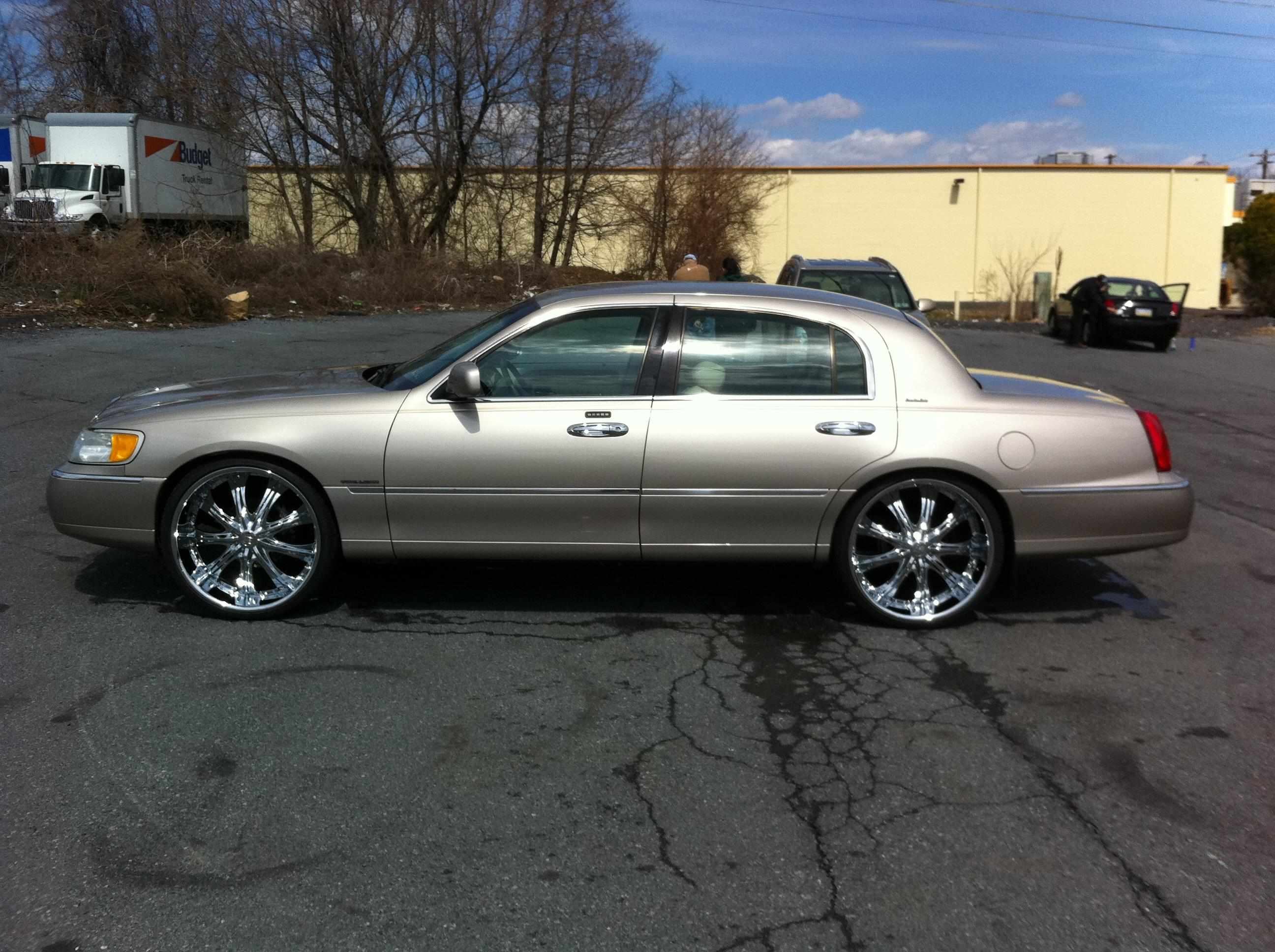 Another MingMerc 1999 Lincoln Town Car post... - 15072551
