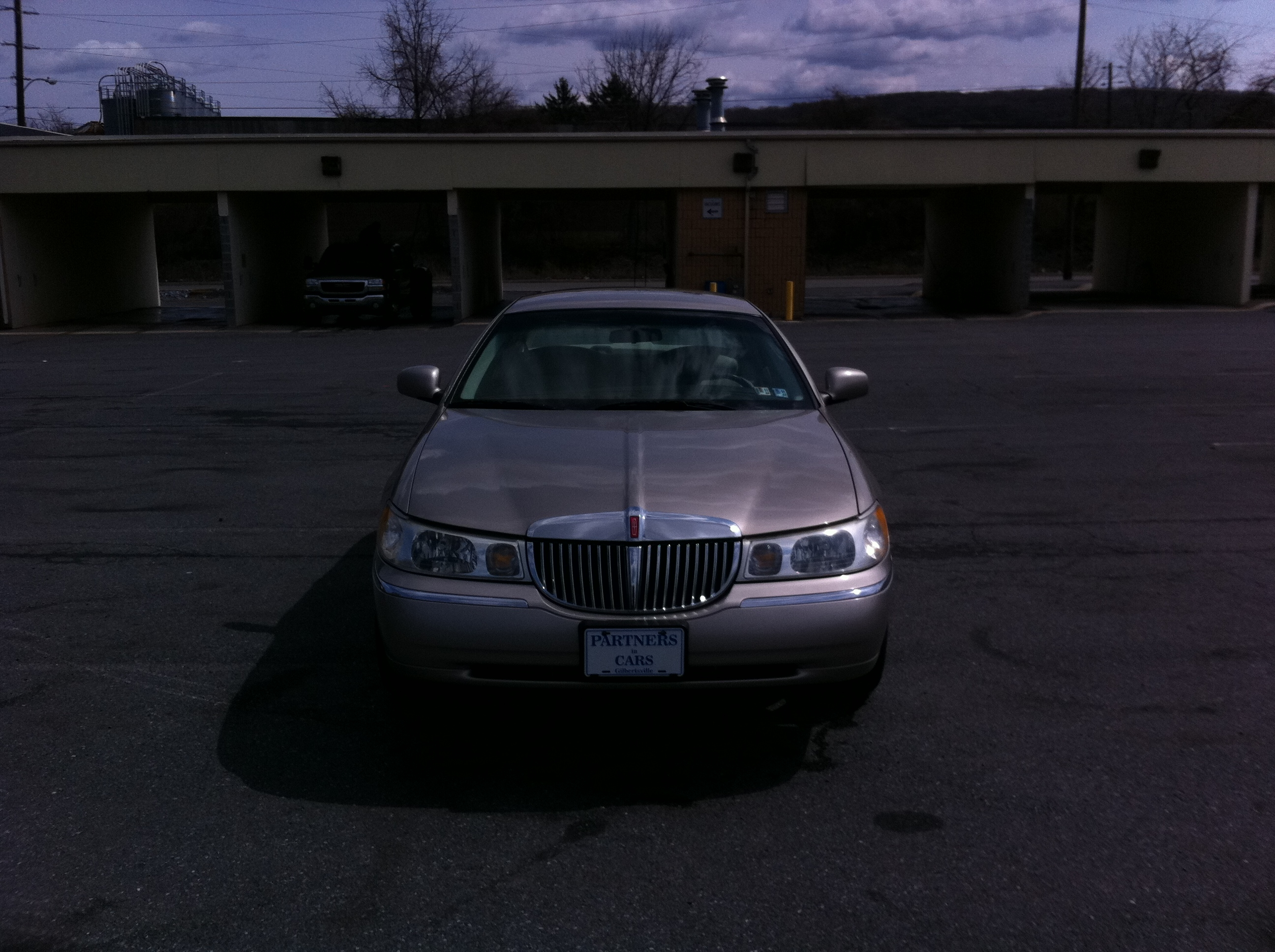 Another MingMerc 1999 Lincoln Town Car post... - 15072553