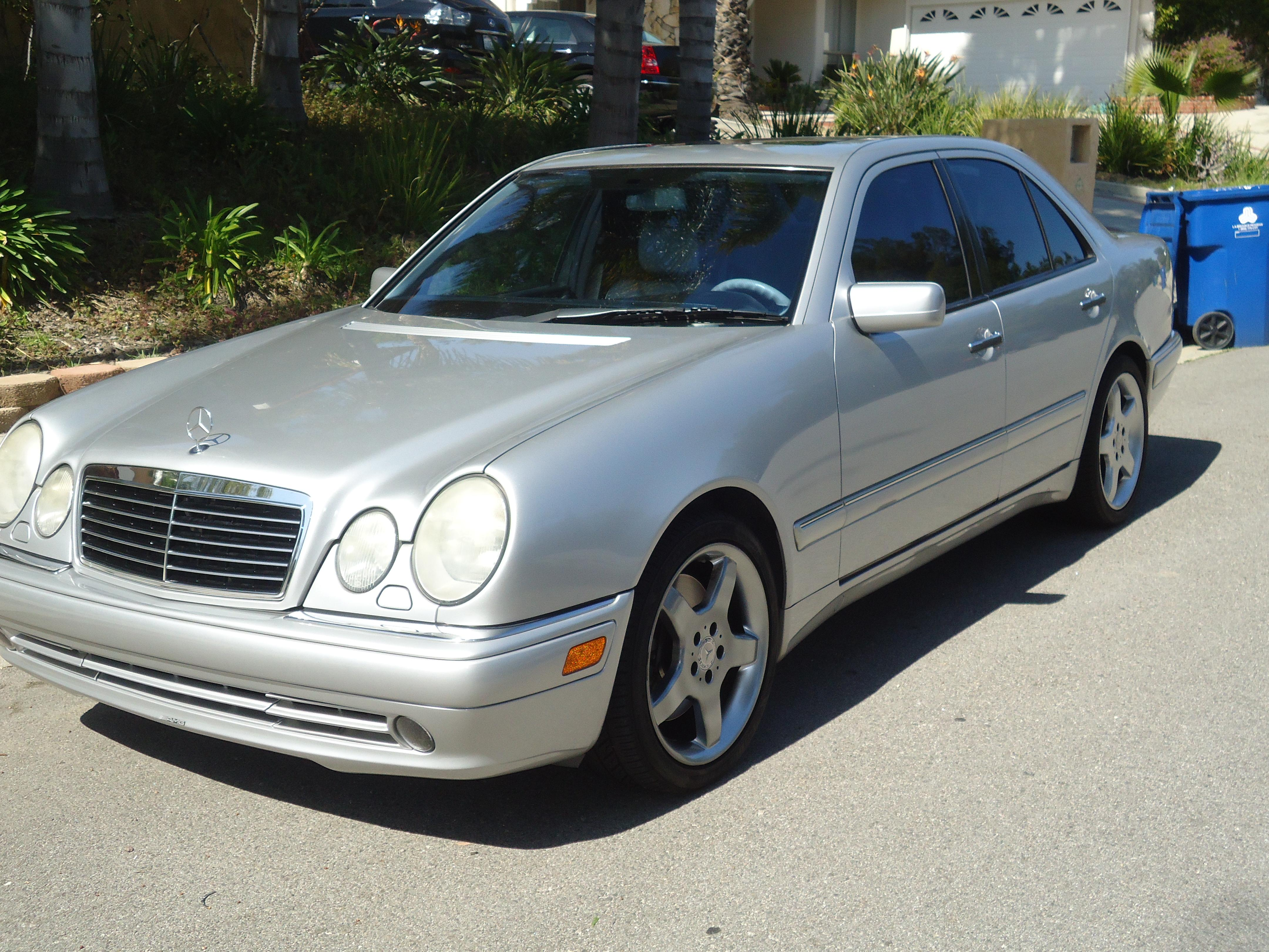 Cgress 39 s 1999 mercedes benz e class e55 sedan 4d in for 1999 mercedes benz e class